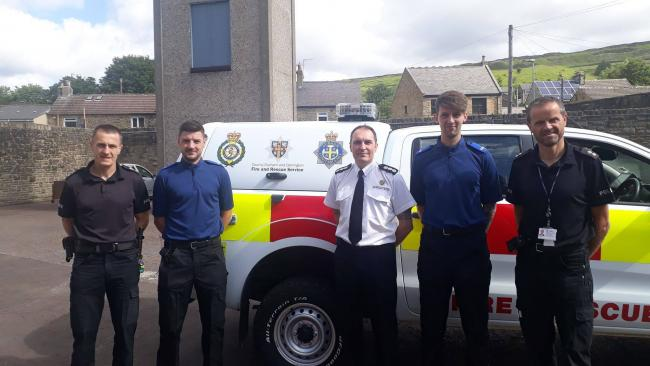 Chris Elms and Jamie Clarkson in blue are the latest Tri-sponder units