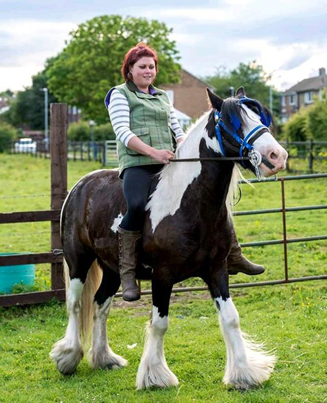 Former vEDS sufferer Aimee Barber on her treasured cob horse Kai