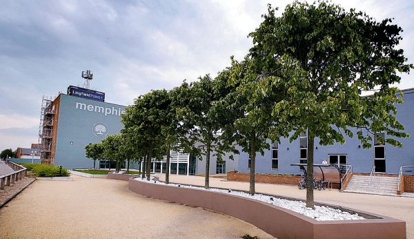 ANOTHER ACCOLADE: The Student Loans Company building at Lingfield Point