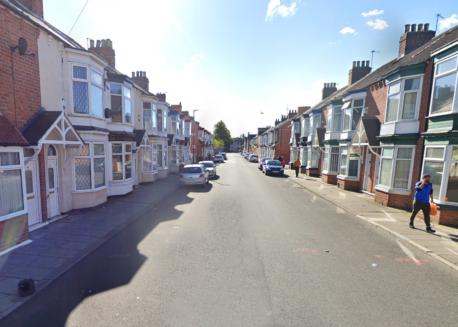 Teenager carjacked at knifepoint on Crescent Road, Middlesbrough