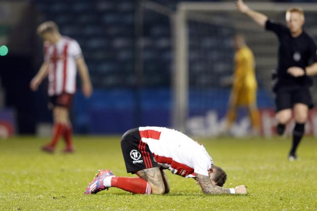 Chris Maguire shows his disappointment during Sunderland's FA Cup exit