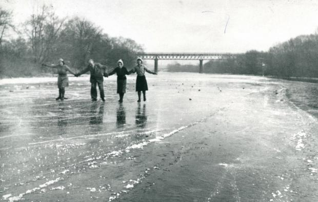 The Northern Echo: Skating on the frozen River Tees in the 1940s, with the fine bridge of the Merrybent railway behind. It went between Low Coniscliffe and Cleasby where there had been a ford and a ferry - the road down to the river in Cleasby is still known as Boathouse Lane.