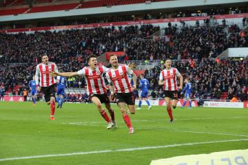 Parkinson talks up Maguire and his striker gamble as Sunderland edge into top six