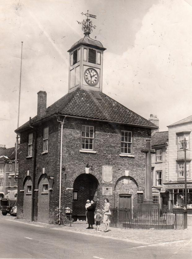 The Northern Echo: Yarm Town Hall in 1951. It has a plaque on it commemorating the five men of Yarm who were heavily involved in the early years of the S&DR