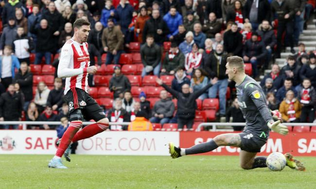 Kyle Lafferty preferred this finish to put Sunderland ahead again, but Gillingham battled back to earn a point