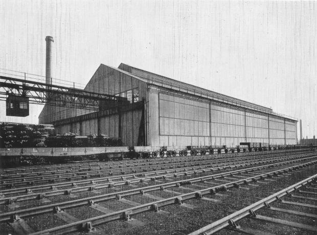 The Northern Echo: The Darlington Rolling Mills beside the Stockton & Darlington Railway at Rise Carr in 1932