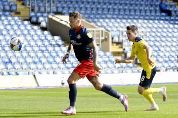 Lee Johnson explains Chris Maguire's position at Sunderland
