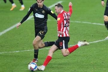 Sunderland Team News: Aiden McGeady returns to side at Crewe
