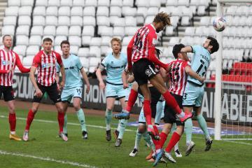 Wolves reject £1m bid from Sunderland for Dion Sanderson