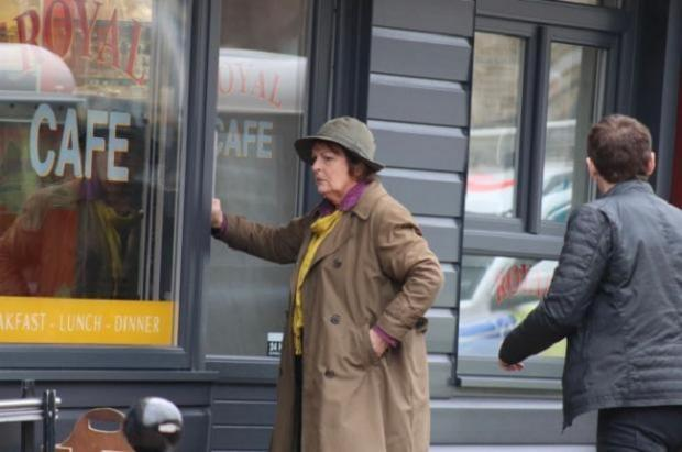 The Northern Echo: Brenda Blethyn spotted filming at Citrone's Cafe in Chester-le-Street Picture: BEN HOPSON