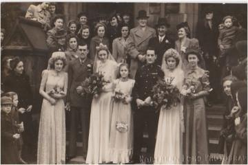 Revealed: the 1940s double brides whose father is in the Newcastle walk of fame