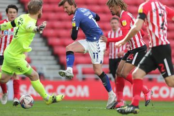 Sunderland 1 Charlton 2