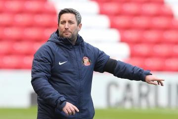 Lee Johnson says Sunderland have to bounce back from Charlton defeat