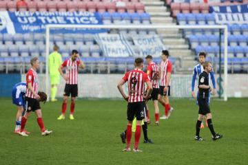 Lee Johnson 'let down' by players as Sunderland lost to Wigan