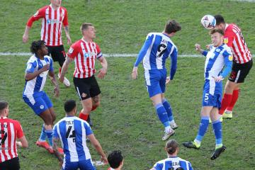 Sunderland's hopes are dented by two defeats in four days