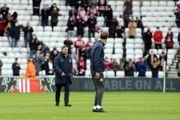 Lee Johnson 'devastated' by play-off semi-final defeat
