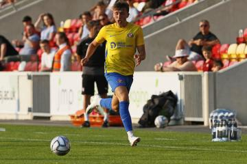 Dan Neil determined to seize chance with first-team squad