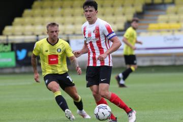 Sunderland's Lee Johnson explains Luke O'Nien's best position