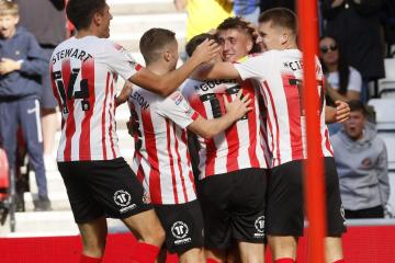 How did Sunderland's players rate in their win over Accrington?