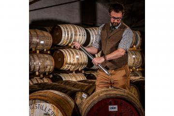 Cask of whisky sells for £98,000