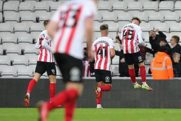 Sunderland 2-1 Manchester United Under 21's: Dyce and Wearne net for Black Cats