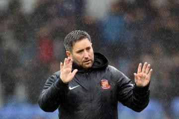 Lee Johnson still feeling effects of Portsmouth defeat ahead of Gillingham