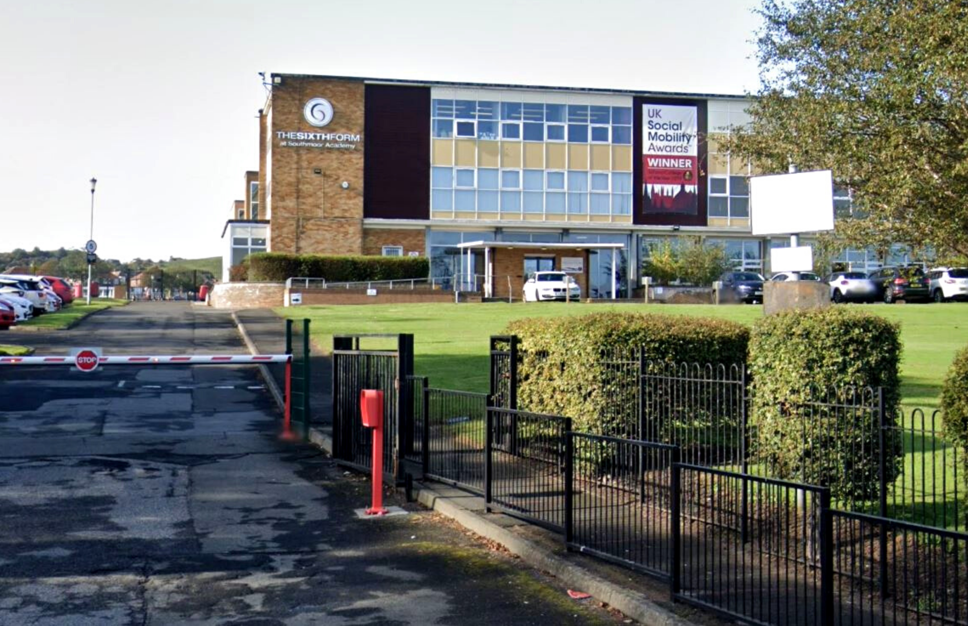 Parents hit out after pupils at North East secondary school are left unvaccinated