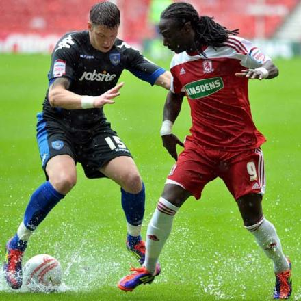 Mowbray urges Emnes to ignore adverse react