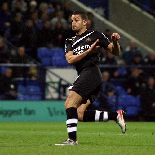 The Northern Echo: ON TARGET: Ben Arfa puts Newcastle ahead at Bolton yesterday