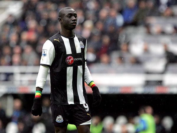 Newcastle could be without Cisse and Ba for European debut