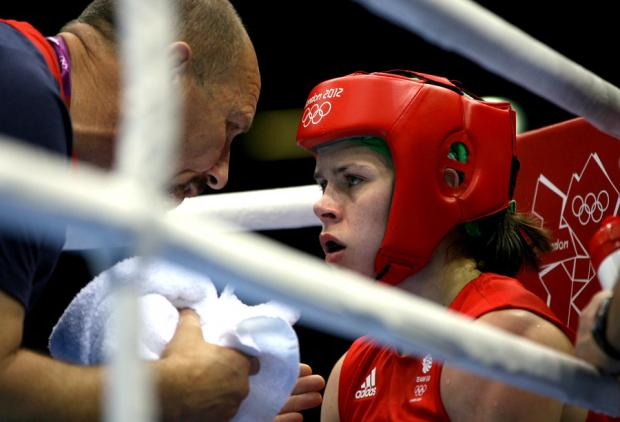 The Northern Echo: CORNER CHAT: Savannah Marshall gets words of advice from her corner in between rounds