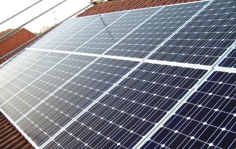 The Green Deal aims to help homeowners fit solar panels to properties to cut energy bills