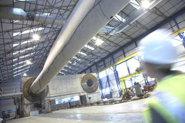 The Northern Echo: Wind turbine blade testing at Narec in Blyth