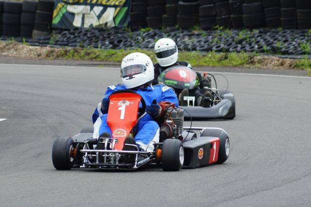 Graham Payne leading the field in the National British Kart Championship