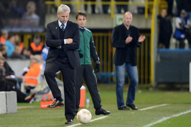 The Northern Echo: HE'S ON THE BALL: Pardew returns the ball back into play last night in the Jan Breydel Stadion