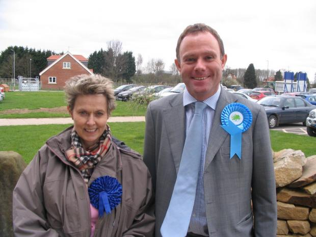 Conservative environment spokesman Nick Herbert visits Thirsk Auction Mart with Anne McIntosh