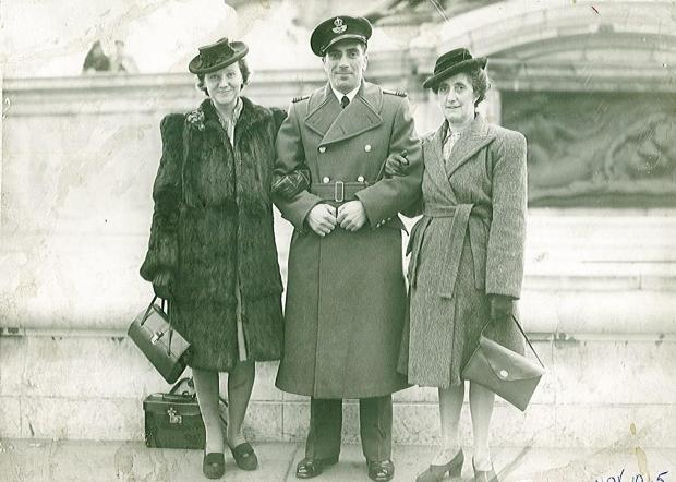 Ben Parker Jackson D.F.C, with his wife Lavinia Jackson (L) and mother Jane Anne Jackson (R), at his investiture at Buckingham Palace in November 1945 when he received his Distinguished Flying Cross