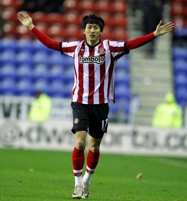 LEAVING ON LOAN: Ji Dong-Wong