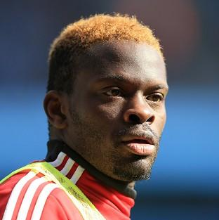 Louis Saha is set to leave Sunderland
