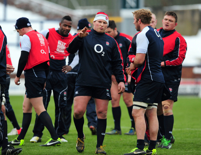DISCIPLINE CHECK: Dylan Hartley, centre, talks to Chris Robshaw, right, during last week's training camp for the RBS 6 Nations