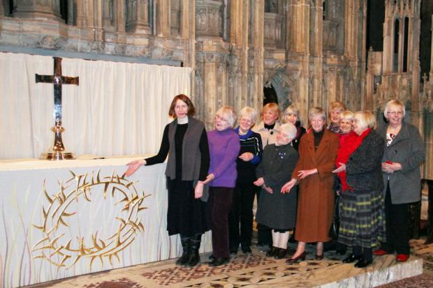 Textile artist Tracey Franklin designs dedicated at Durham Cathedral