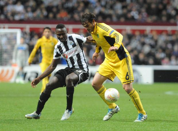 The Northern Echo: Newcastle's new boy Mapou Yanga-Mbiwa takes on Metals no 6 Marco Torsiglieri