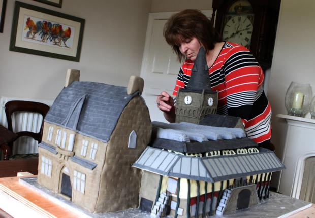 Cake Decorating Classes Darlington : A slice of history (From The Northern Echo)