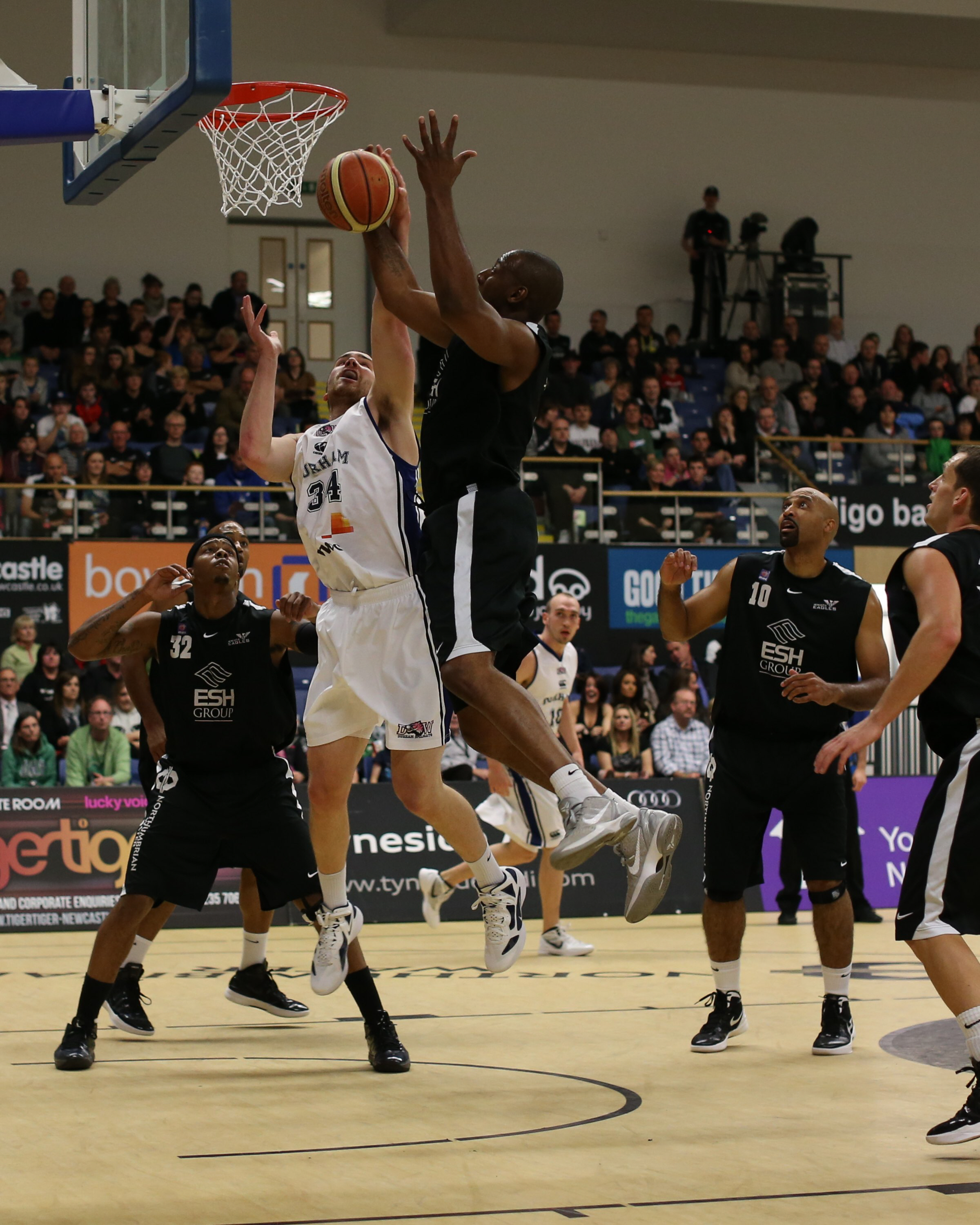 EAGLES FLY HIGH: Newcastle Eagles beat Durham Wildcats this afternoon in their BBL derby