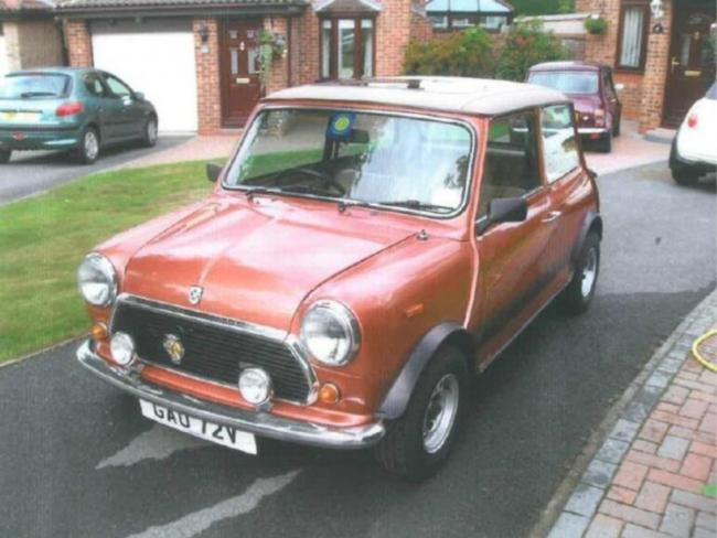 Car Owner Left Absolutely Gutted By The Theft Of His Classic Mini
