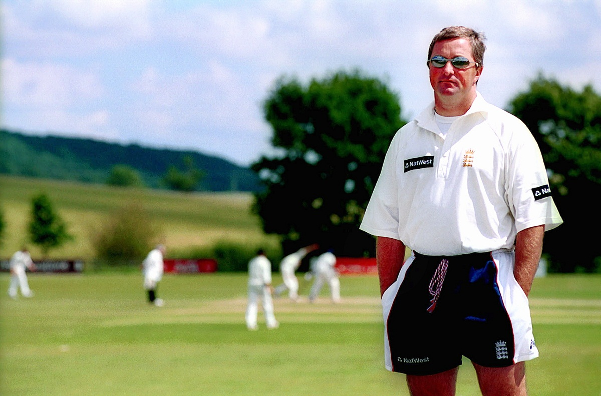 Moxon shows support for England pair Moores and Farbrace