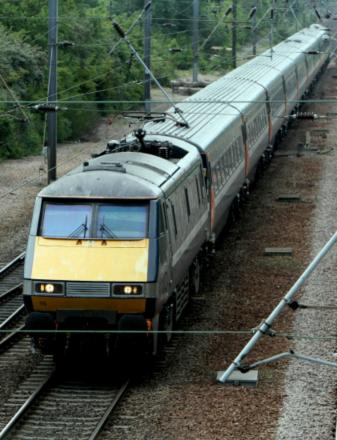 East Coast Main Line: Three bidders shortlisted in line franchise