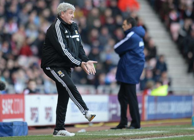 HAPPY RETURN: Hull's ex-Sunderland boss Steve Bruce signals to his troops