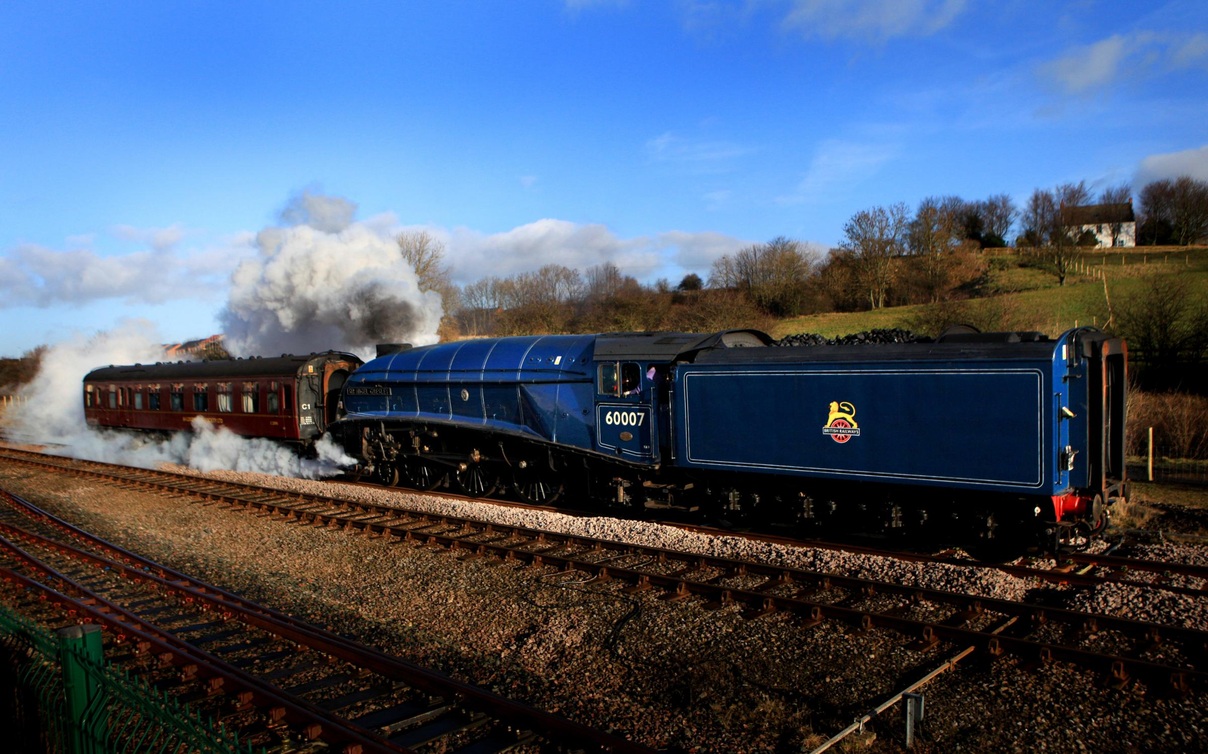 The A4 engine Sir Nigel Gresley steams from Locomotion