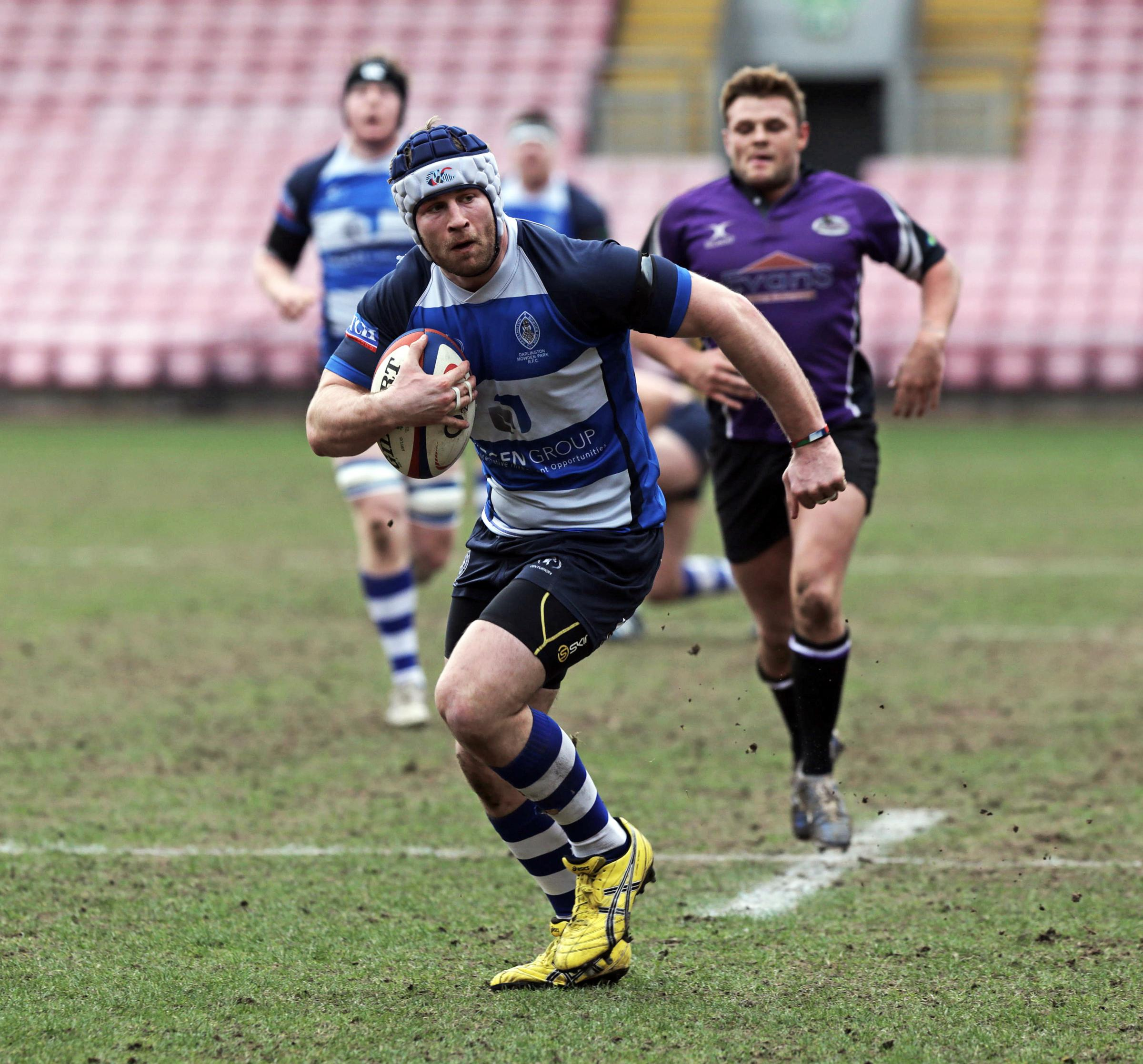 DETERMINATION: Darlington Mowden Park Ross Doneghan on his way to scoring a try ag